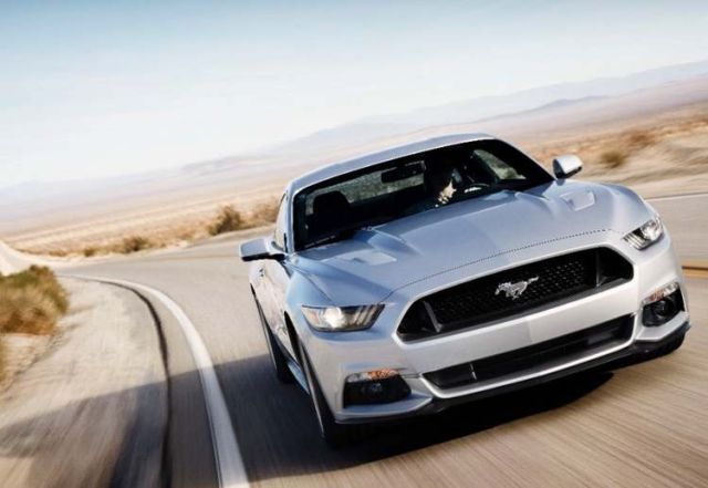 2015 Ford Mustang (9)