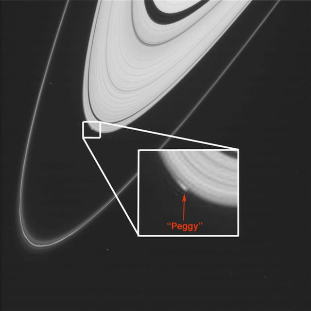 Cassini spies mysterious object on Saturn's Rings