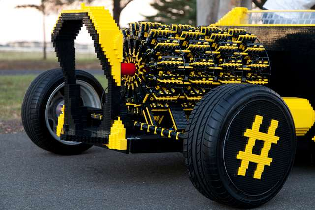 Full scale LEGO car (3)