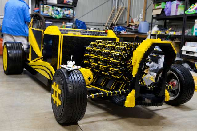 Full scale LEGO car (1)