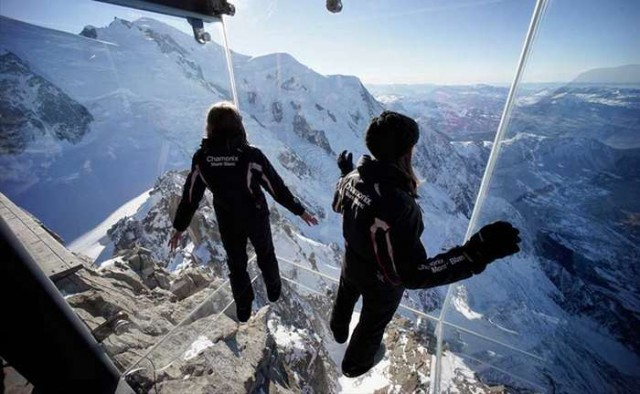 Step into the Void over the Alps 4