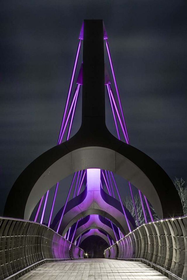 Sweden's Solvesborg bridge color changing LED lights (4)