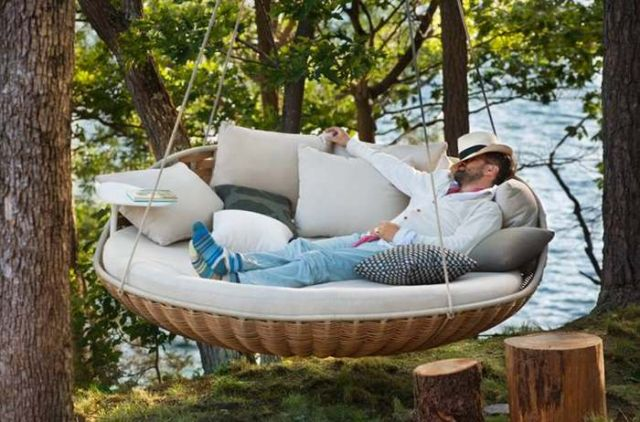 Swingrest hanging lounger by Daniel Pouzet (4)