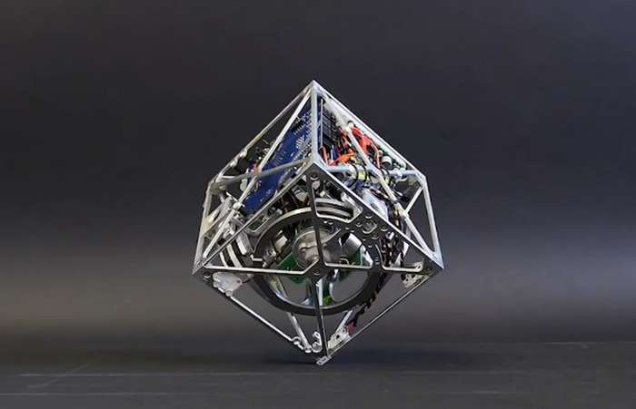 The Cubli- a cube that can jump up and walk (4)