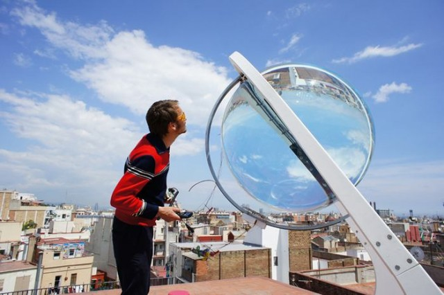 Beta.ey spherical glass Solar charger (5)