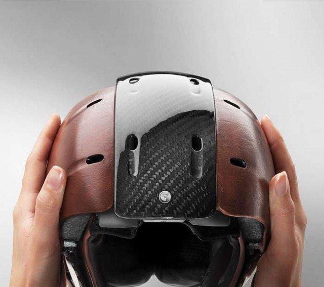 Carrera's Foldable Helmet for snow 3