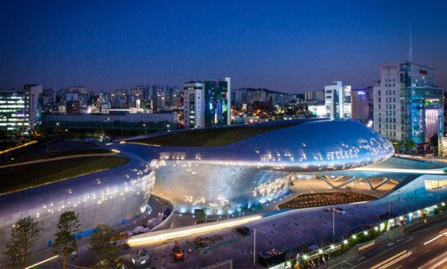 Dongdaemun design Park and Plaza opening soon (6)