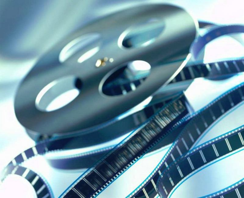 Paramount Pictures switched to digital format