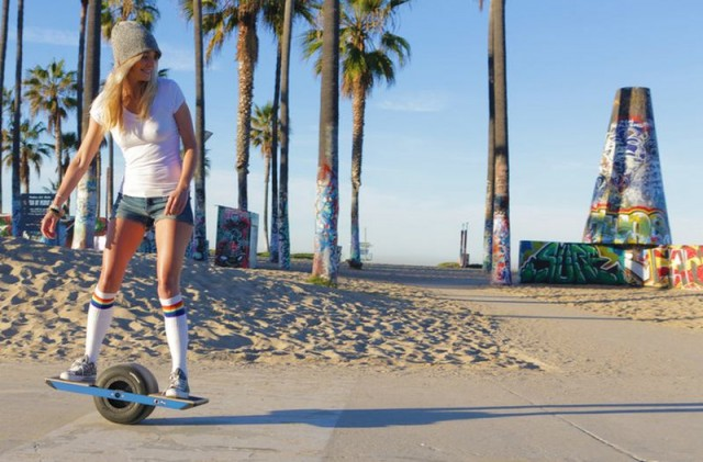 Self-Balancing Onewheel Electric Skateboard 1