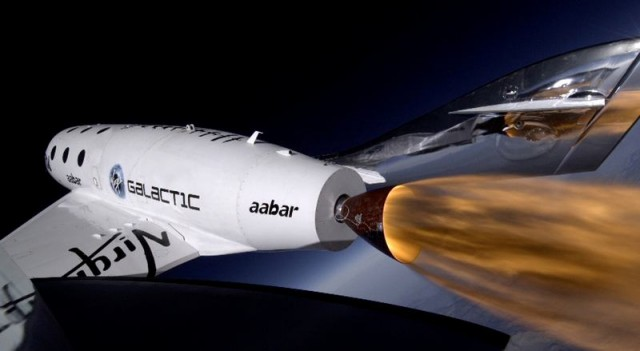 SpaceShipTwo breaks the Sound barrier 1