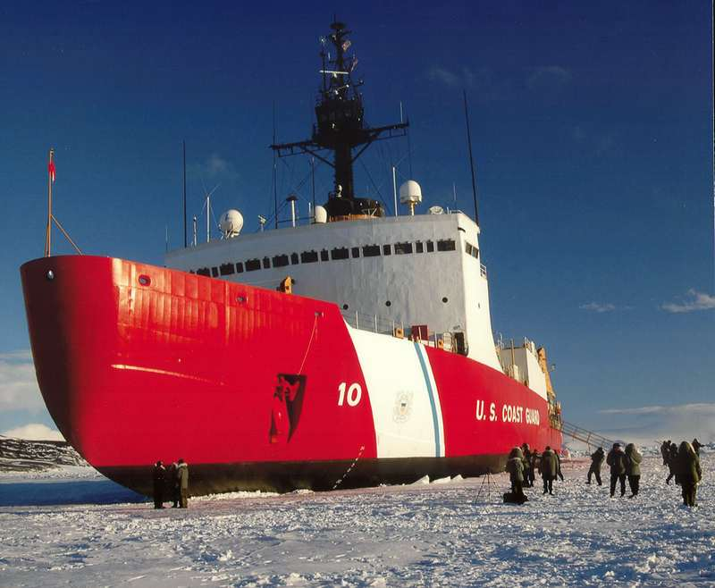 Ice breaker USCGC Polar Star (WAGB-10)