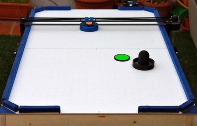 Air Hockey Robot - a 3D printer hack 1
