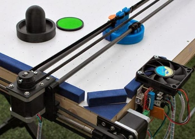 Air Hockey Robot - a 3D printer hack 2