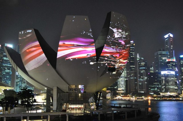 Projections onto Singapore art science museum by Naoko Tosa 1