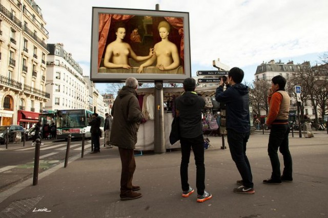 Artist replaces Billboard Commercials with Art in Paris (4)