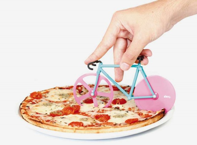 Fixie pizza cutter (3)