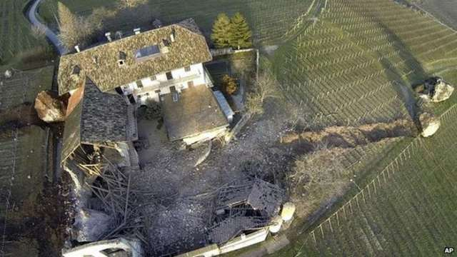 Giant rock smashes through Italian farm (1)