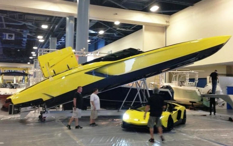 Lamborghini Aventador 3000hp Power boat (1)