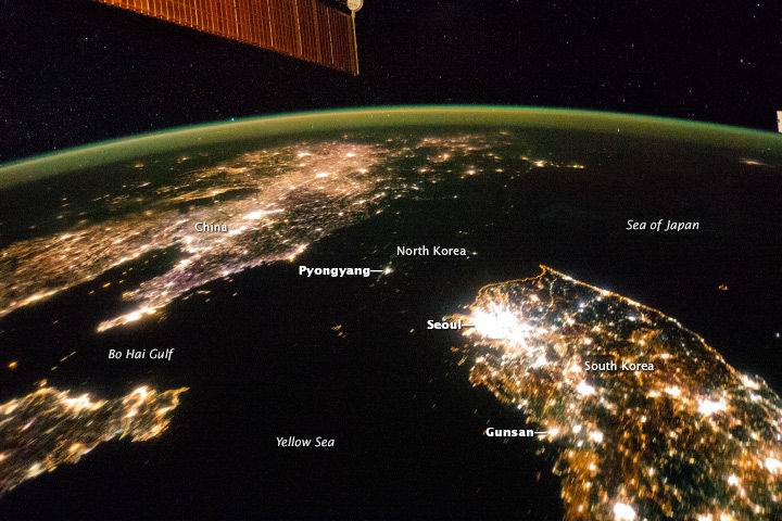 The Koreas at Night (2)