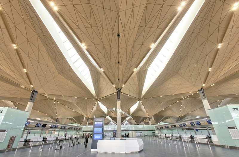 Pulkovo International airport terminal by Grimshaw Architects (8)