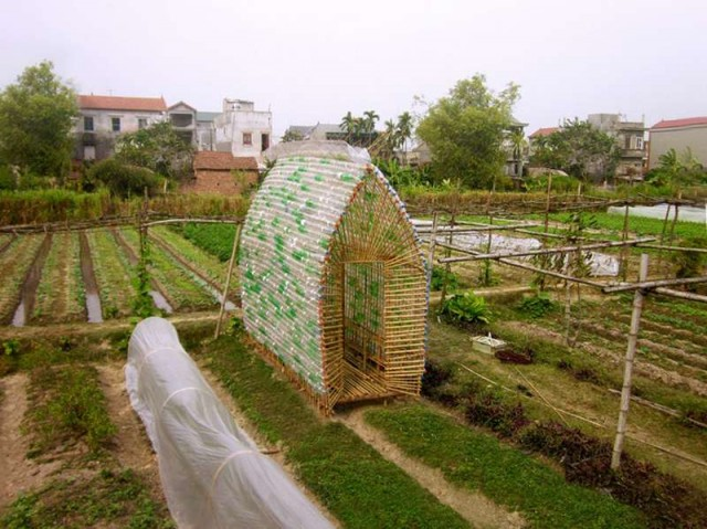 Recycled Materials Nursery Home in Vietnam (2)