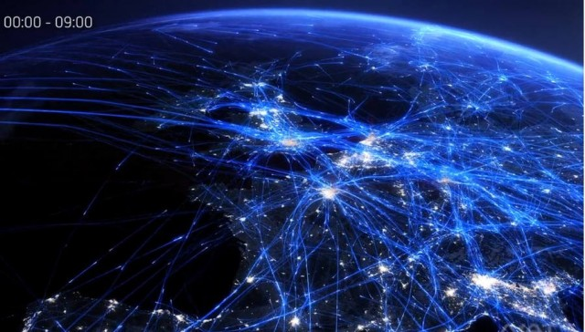 Stunning video reveals an entire day of European air travel