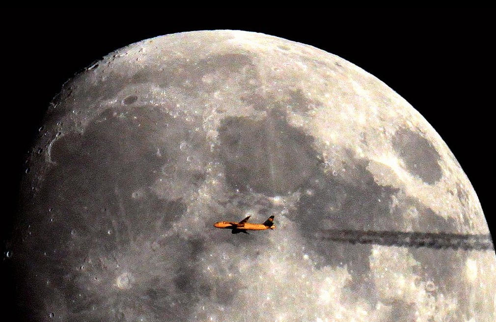 Airbus and the moon