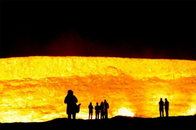 Door to Hell (4)