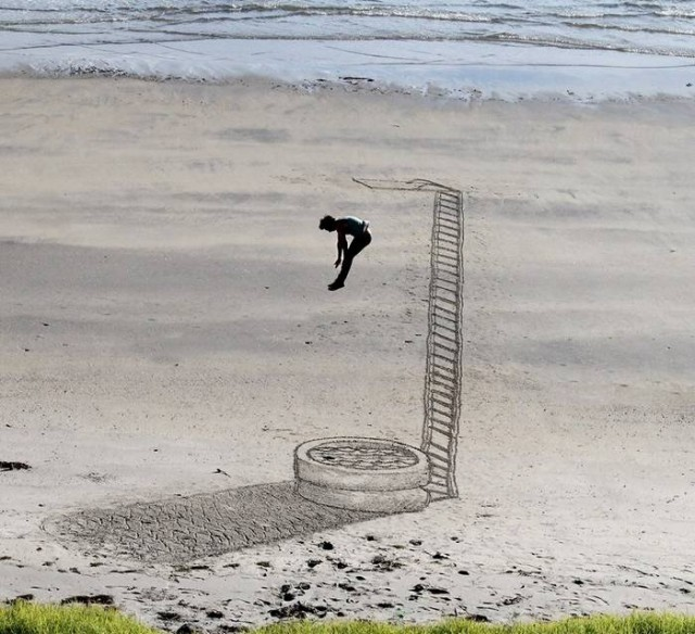 Beachside 3D Optical Illusions (7)