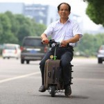 Chinese farmer invents the Suitcasemobile