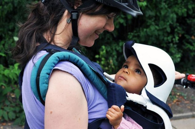 Baby protector when cycling (1)