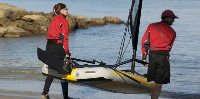 Inflatable sailing dinghy (2)