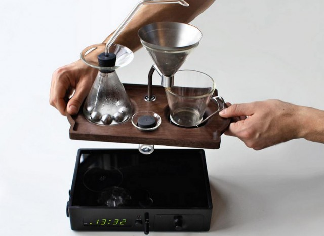 coffee brewer and alarm (2)
