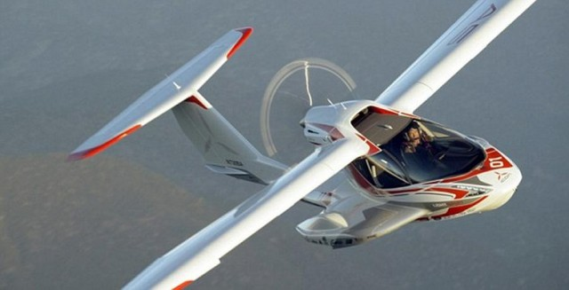 Icon A5 Flying Icon A5