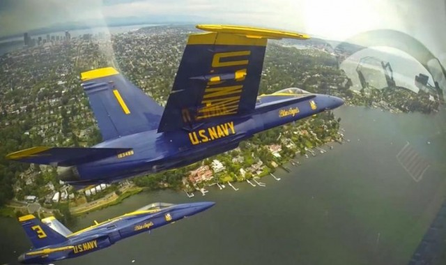 F-18 Blue Angels (3)
