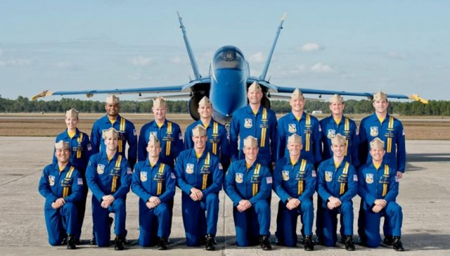 F-18 Blue Angels (1)