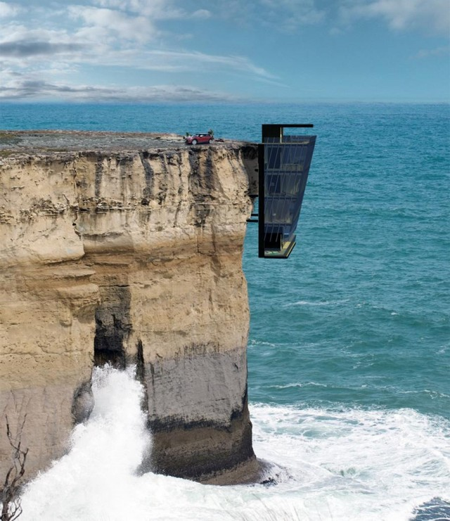 Cliff House above the ocean