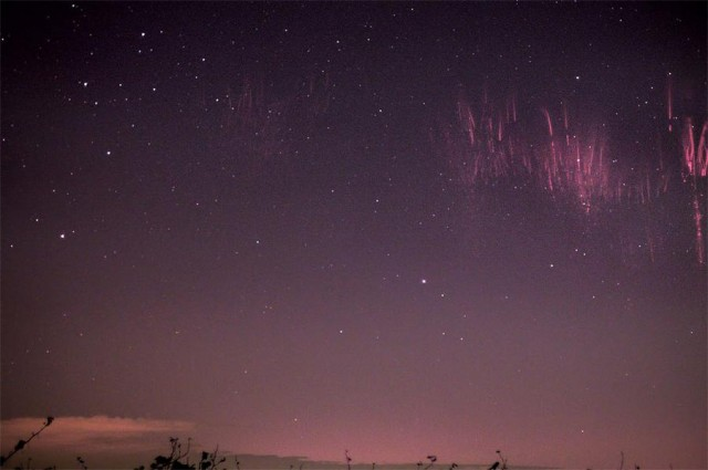 Red sprites at night (2)