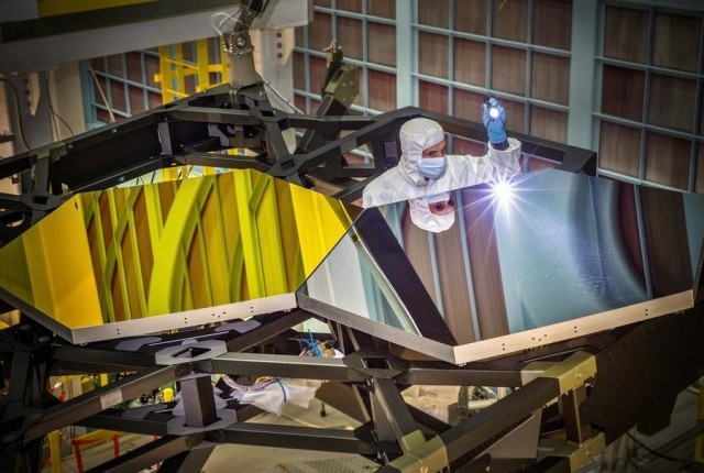 mirrors of Webb Space Telescope