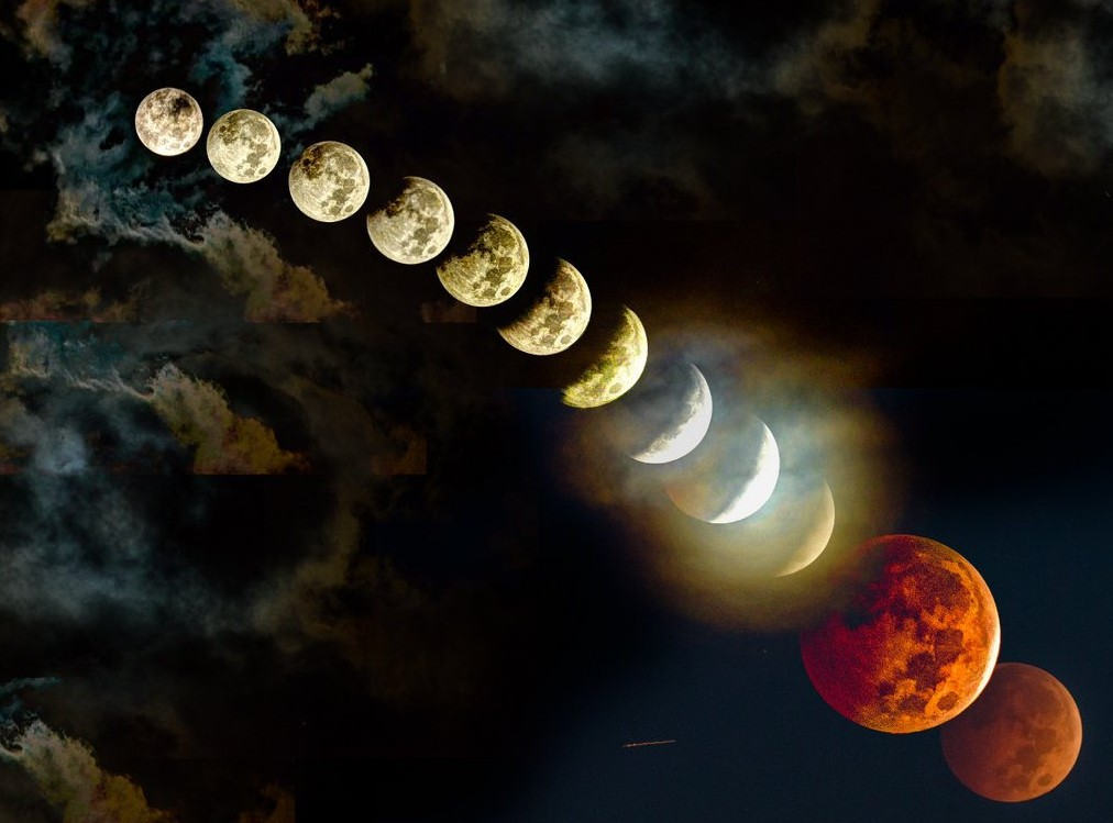 Hunter's Moon Lunar Eclipse