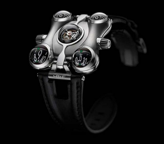 MB-F HM6 Watch (4)