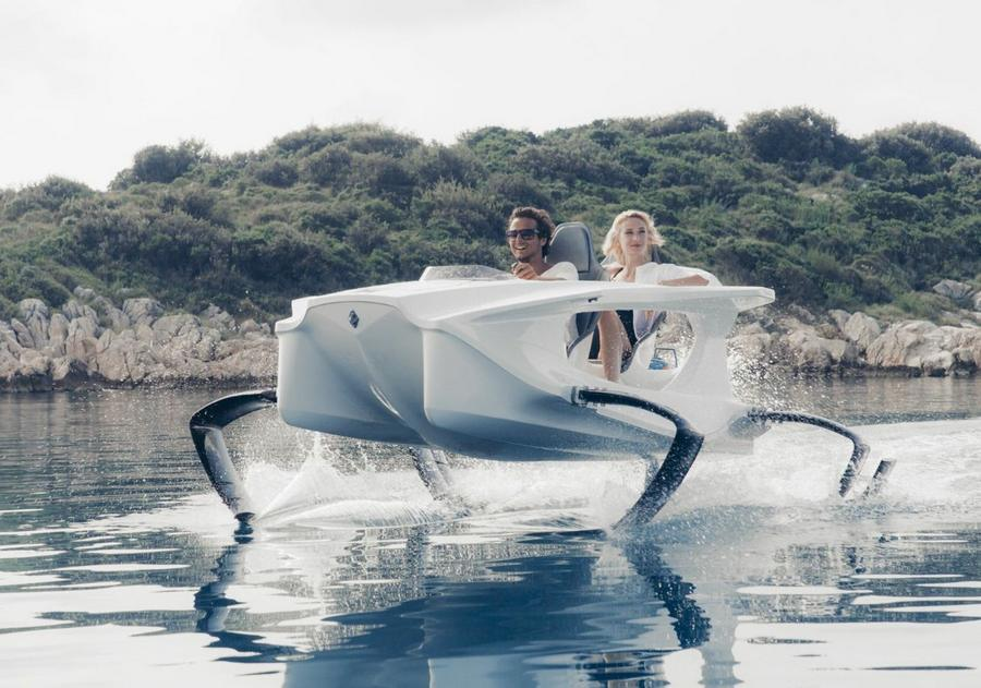 Quadrofoil watercraft (10)