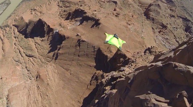 Wingsuit jump in Moab