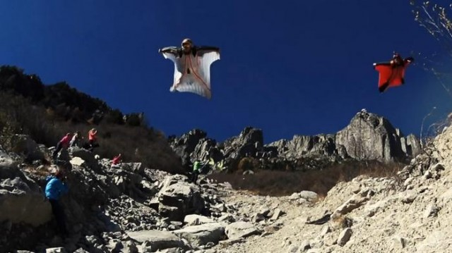 Wingsuit High Five