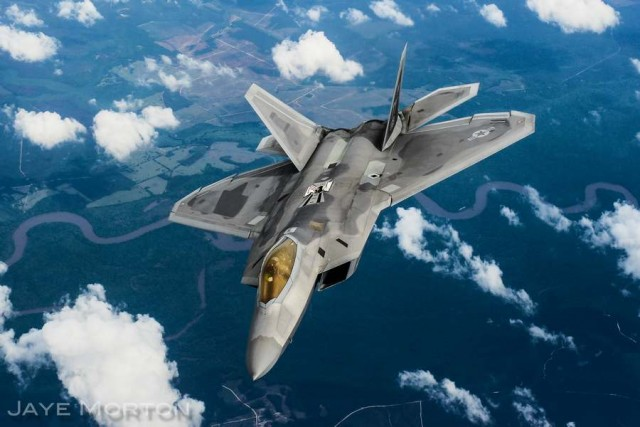 F-22A Raptor after refueling