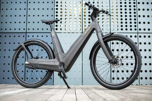 Carbon urban e-bike