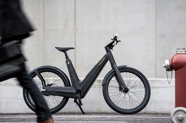 Carbon urban e-bike (3)