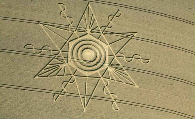 Crop Circle Gussage St. Andrews, Near Sixpenny Handley, Dorset, United Kingdom