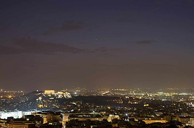 The Parthenon, the moon and Venus