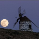 Windmill's Full Moon